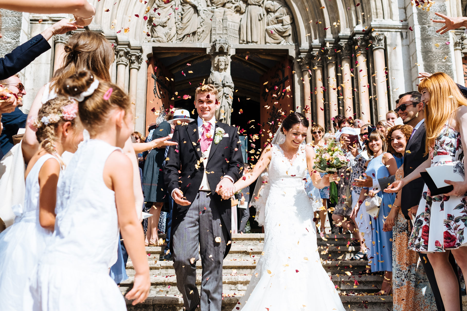 wedding confetti voiron church